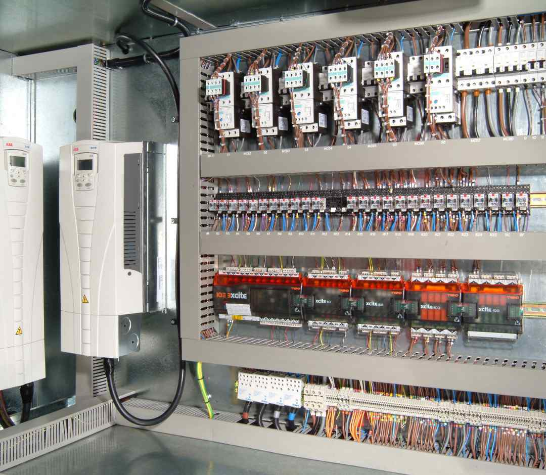 Electrical Control Panels   Weatherite Air Conditioning